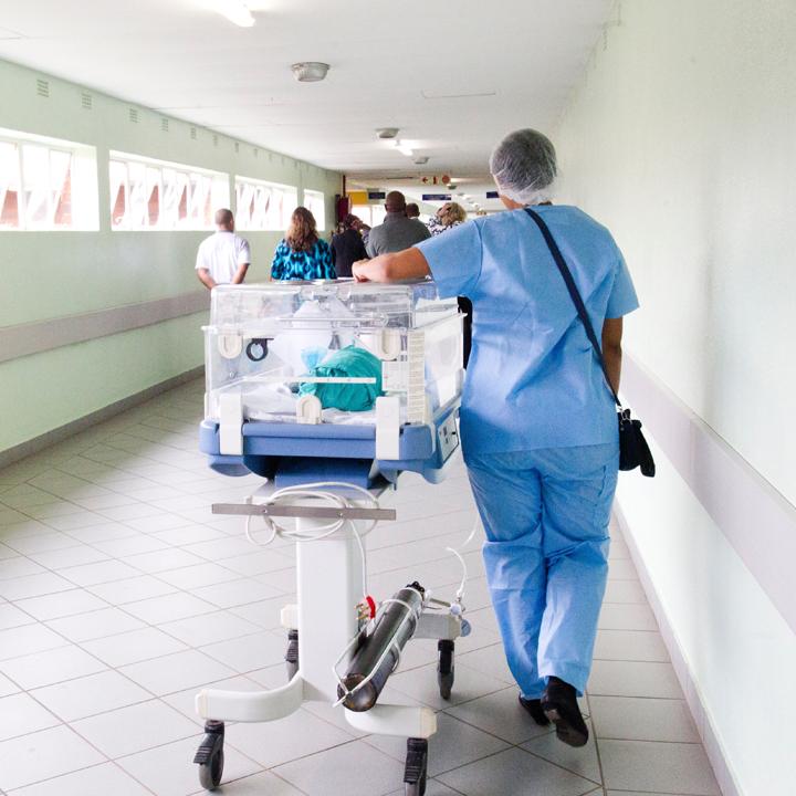 病院で働くメリット・デメリット